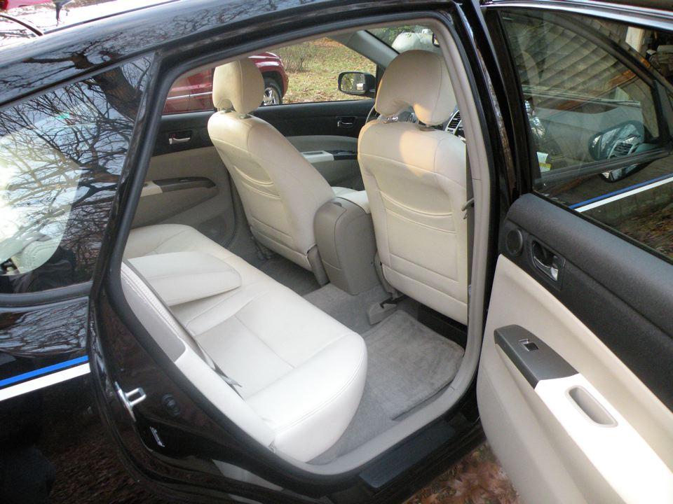 07 Prius Touring 006.jpg