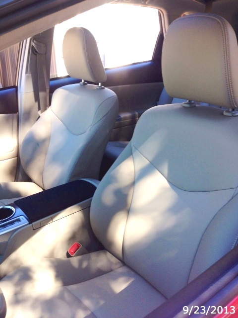 For Sale 2013 Prius V Five Softex Seating In Bisque