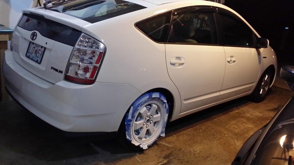 06 Prius White Plasti Dip wheels | PriusChat
