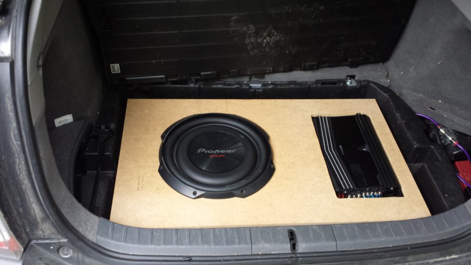 12 Inch Subwoofer In The Cargo Box With 2008 Premium Jbl Rhpriuschat: Toyota Prius Factory Subwoofer Location At Elf-jo.com