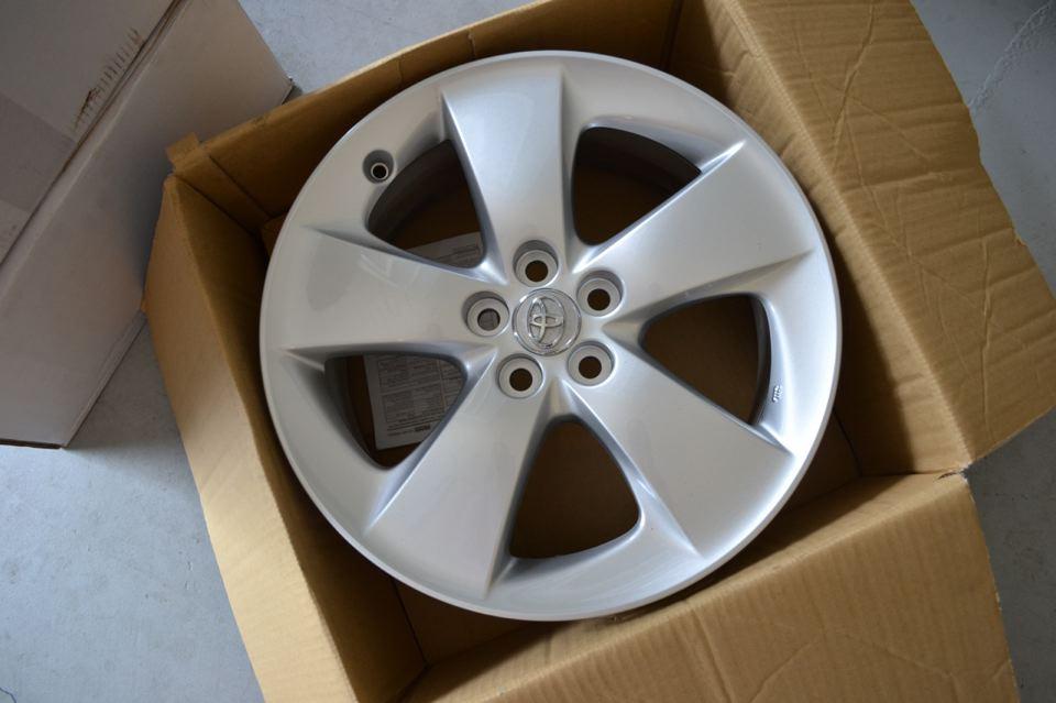 17X7 5 Rims >> For Sale - OEM 17 inch Prius version 5 wheels | PriusChat