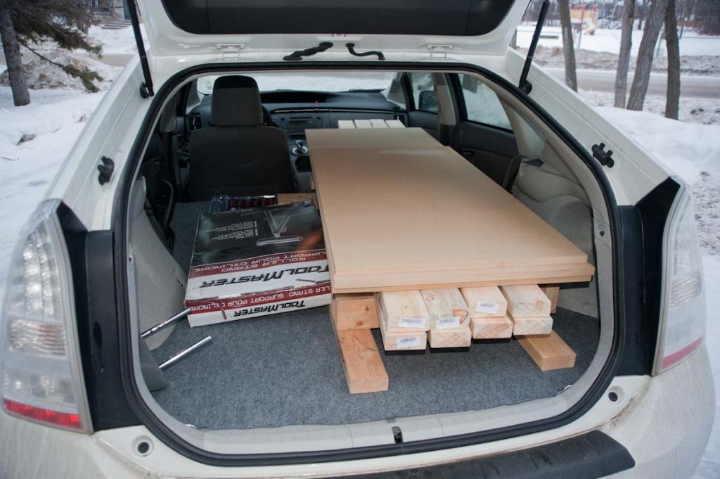 2010 toyota prius interior dimensions. Black Bedroom Furniture Sets. Home Design Ideas