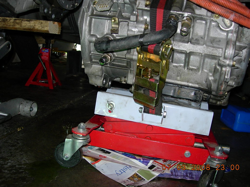 Problem Car Page 3 Priuschat Can Bus Questions Dscn3846