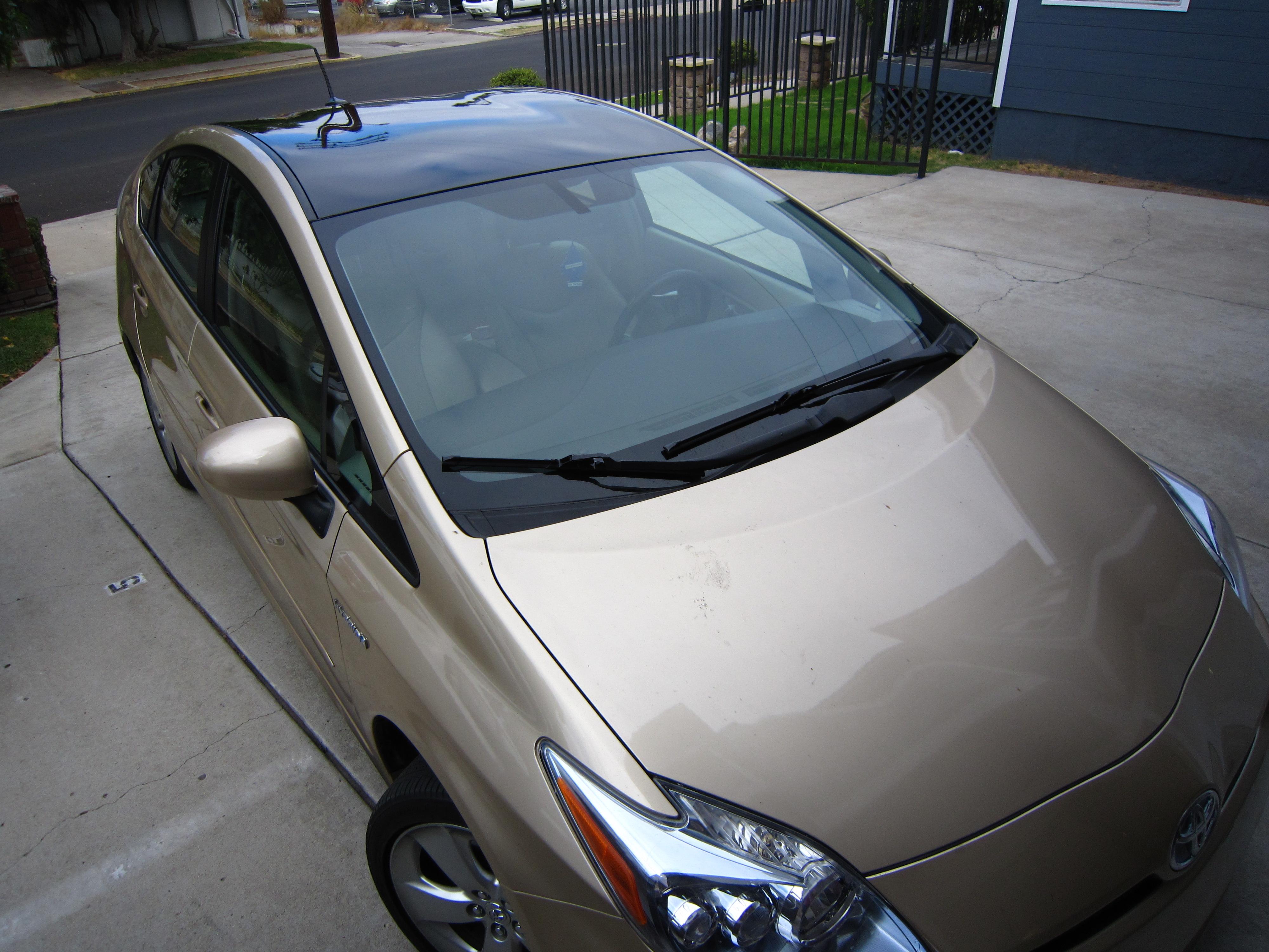 2010 prius custom black roof overlay diy priuschat rh priuschat com 2010 toyota prius solar roof package 2014 Toyota Prius Solar Roof Package
