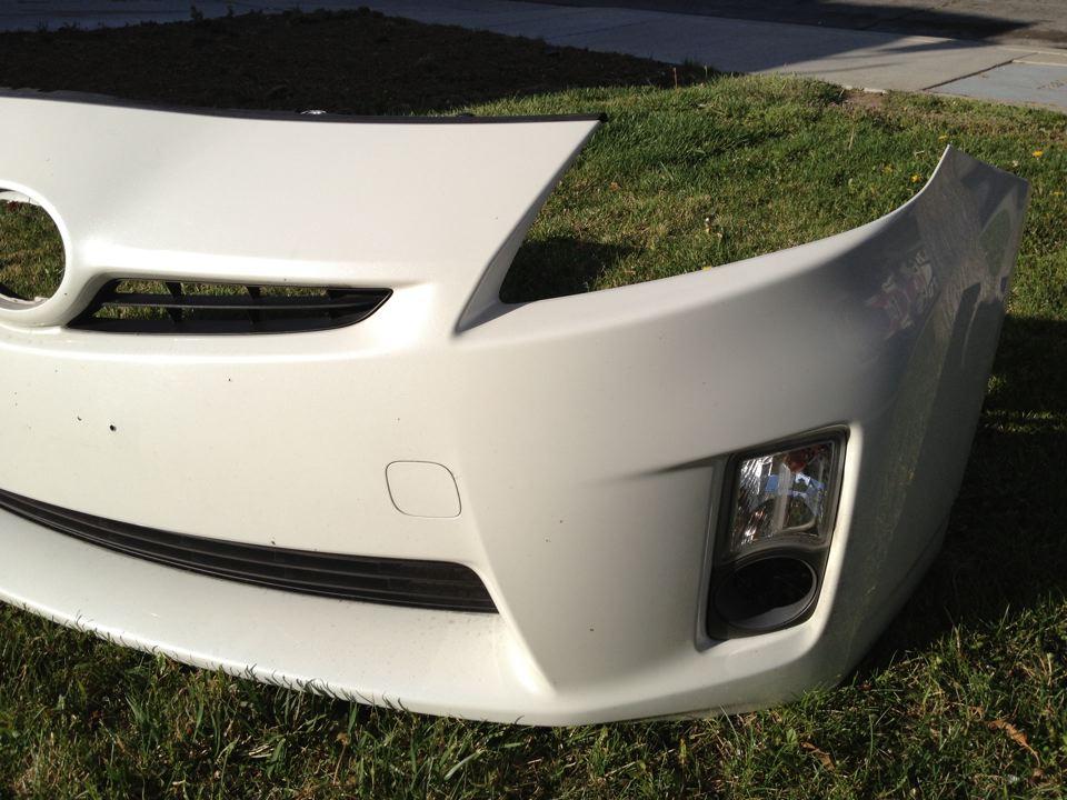 87 Toyota Pickup >> 2010 Toyota Prius front bumper w/fog light housing ...