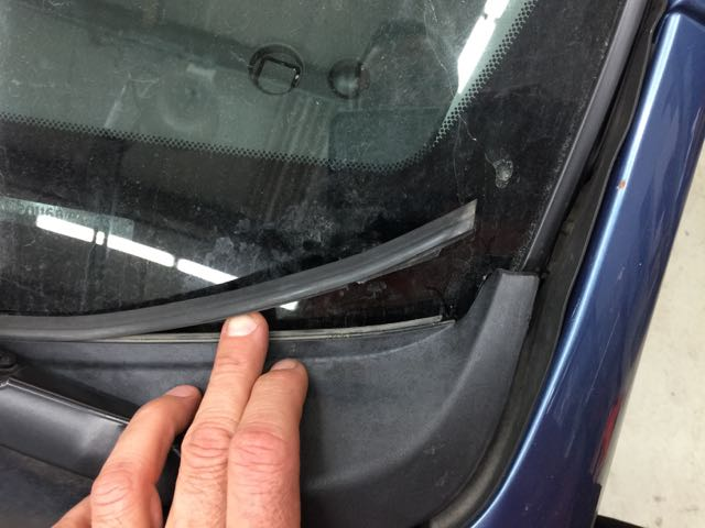 Upper Cowl Rubber Seal At Windshield Priuschat