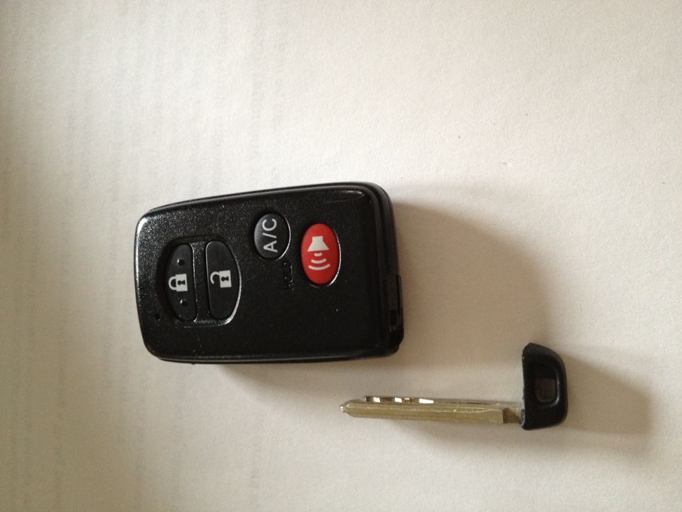 How To Replace Your Key Fob Battery On A 3rd Gen Prius