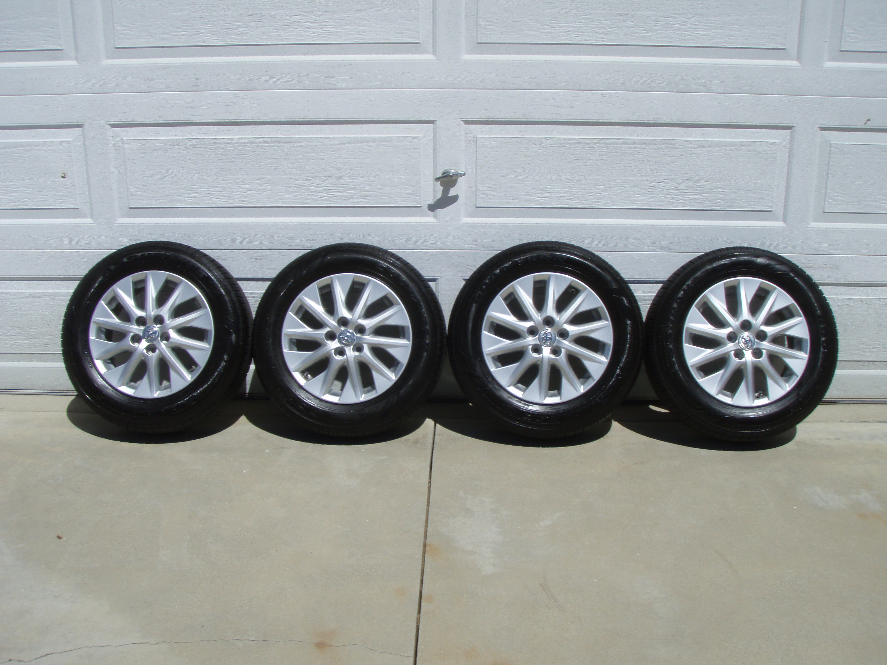 "Used Toyota Prius >> For Sale - Used Toyota 2012 Plug-In Prius OEM 15"" Rims with Tires (Set of 4) 