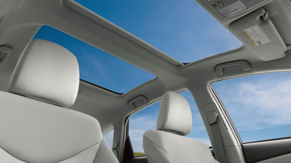 2014 prius v model year spec  u0026 price changes