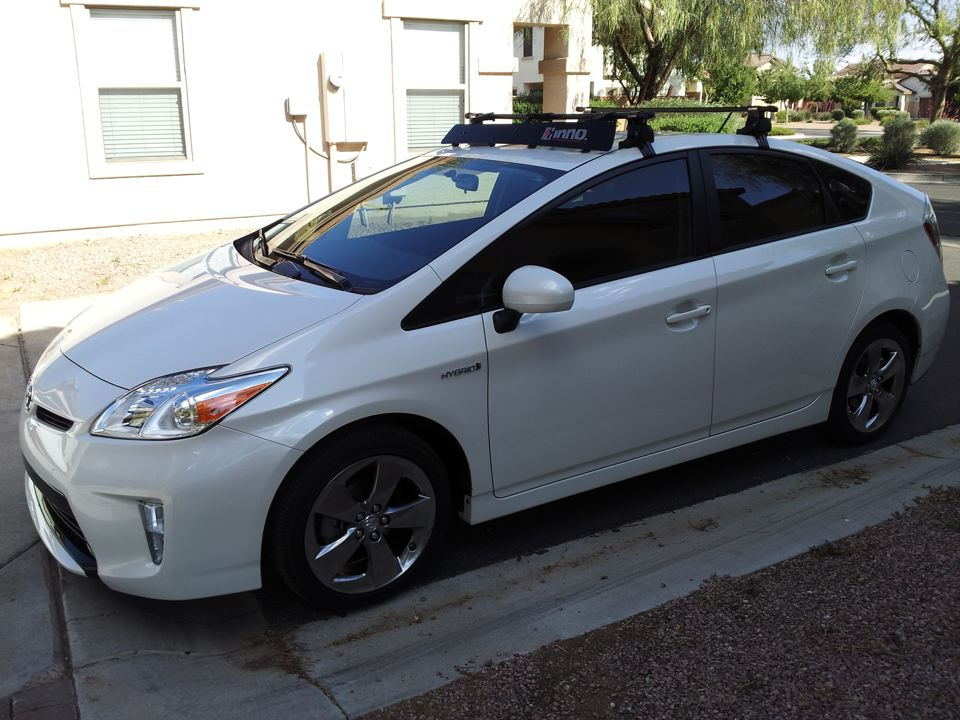 2016 Toyota Prius C Thule Hatch Mounted Bicycle Rack Fits