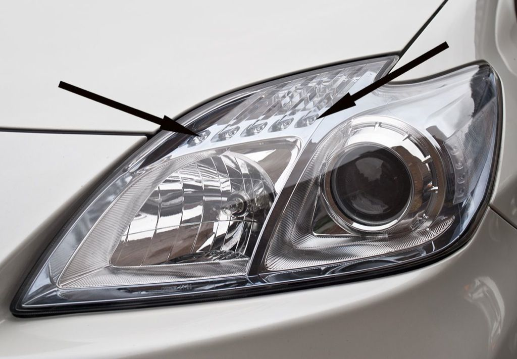 2014 prius three turn signals have led 39 s already. Black Bedroom Furniture Sets. Home Design Ideas